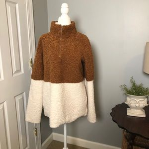 Callie Mac Pullover Cream and Brown Size M